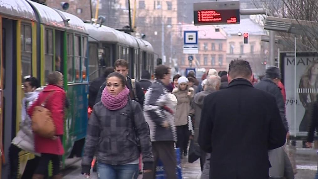 DPMB přepraví v pracovní den v průměru milion cestujících