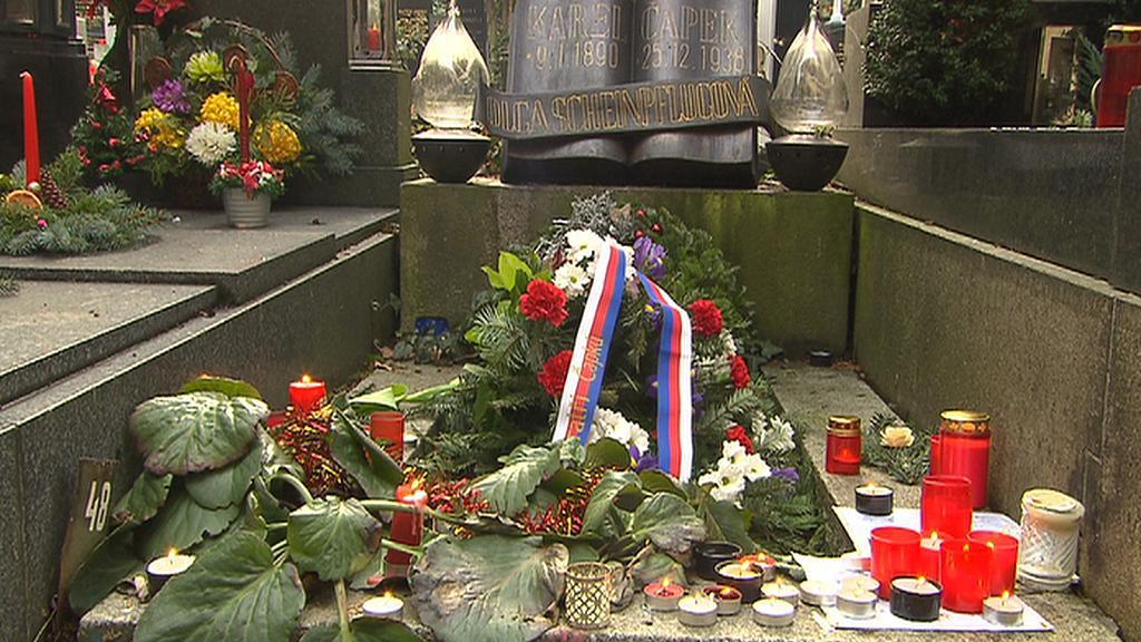 Pieta u hrobu Karla Čapka