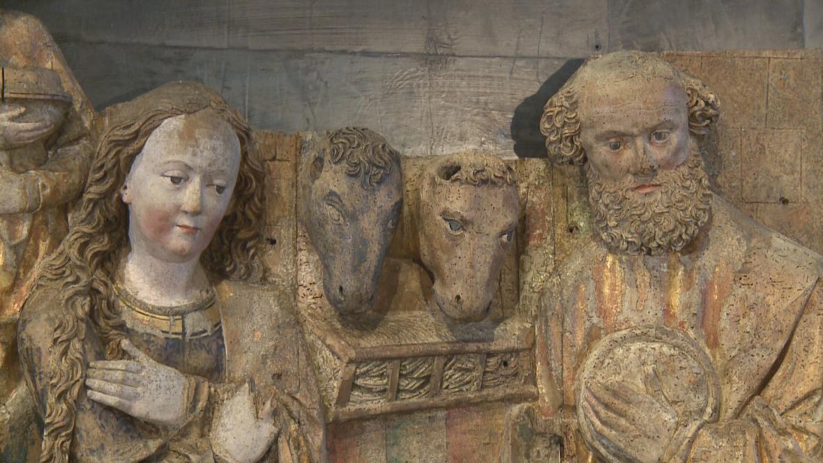 Mistr olomouckých madon/ reliéf Narození Krista z Třebařova u Krasíkova