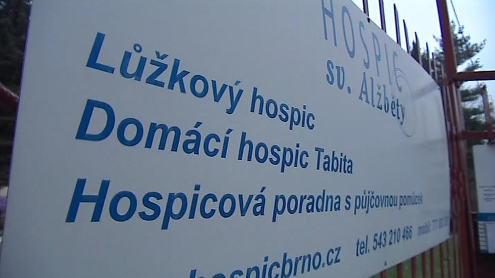 Příspěvky na péči tvoří asi osm procent rozpočtu hospicu