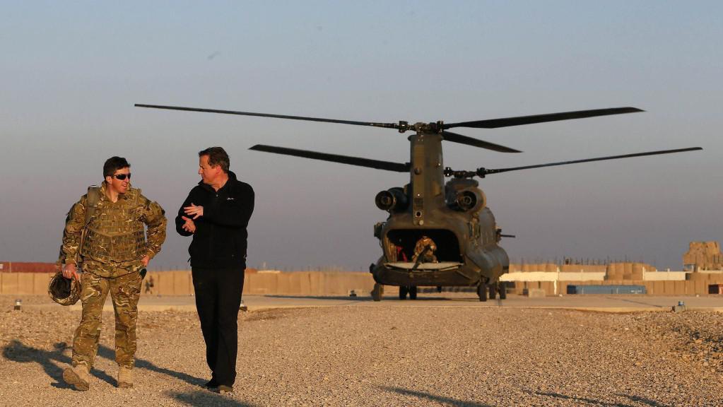 David Cameron v Afghánistánu