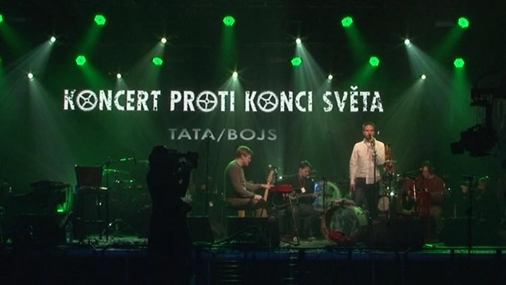 Koncert se konal na třech místech současně