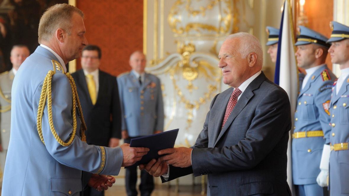 Picek dostal od prezidenta Zlatou plaketu