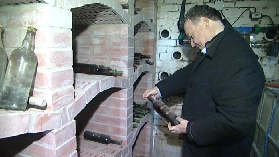 Rekonstrukce sklípku se Jaroslavu Bábelovi prodraží