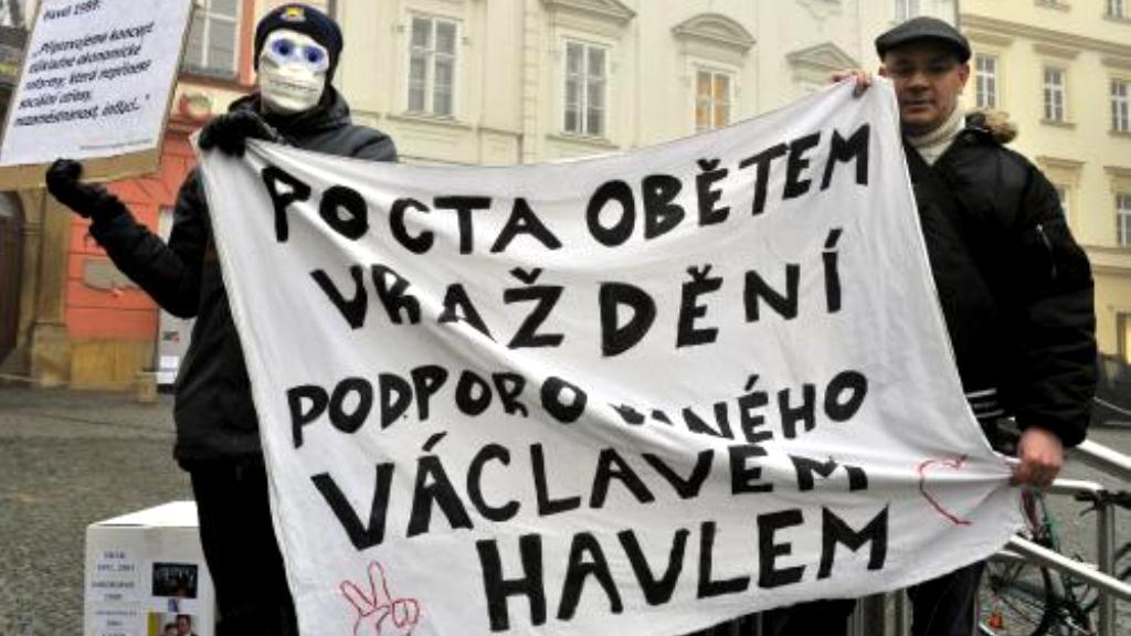 Protestující v Brně