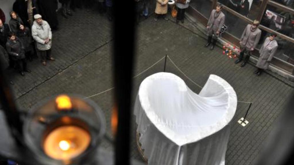 Odhalení srdce pro Havla v Brně