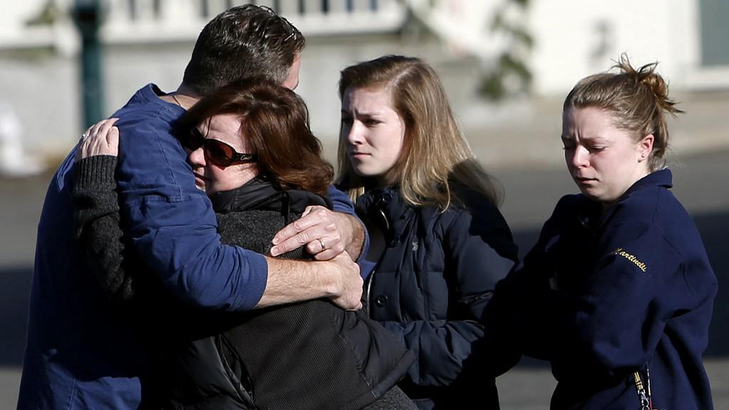 Střelba v Newtownu šokovala Američany