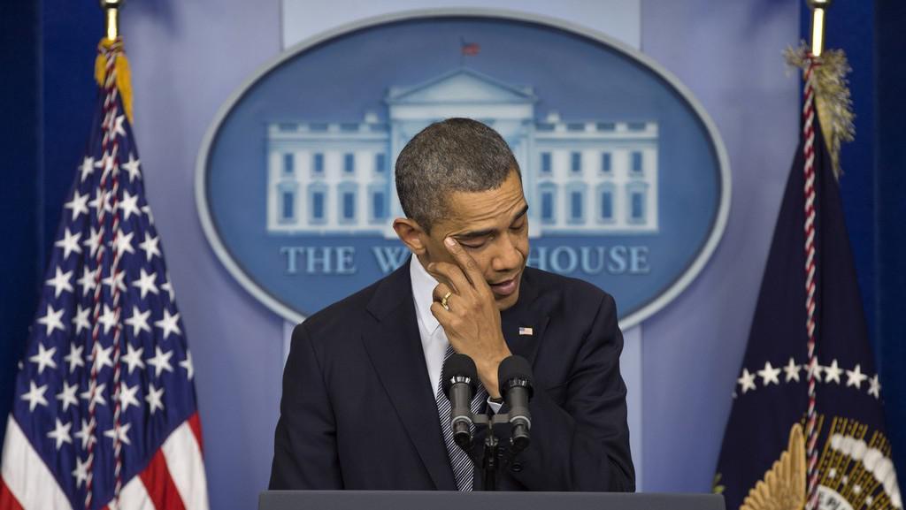 Prezident Barack Obama při emotivním projevu ke střelbě v Connecticutu