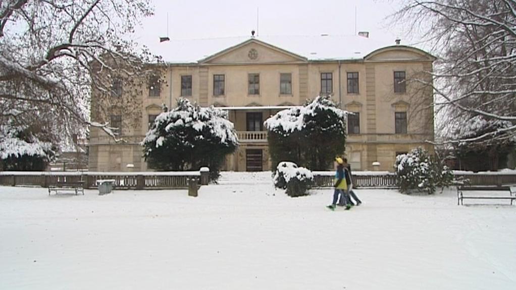 Zámek Lázně Bělohrad