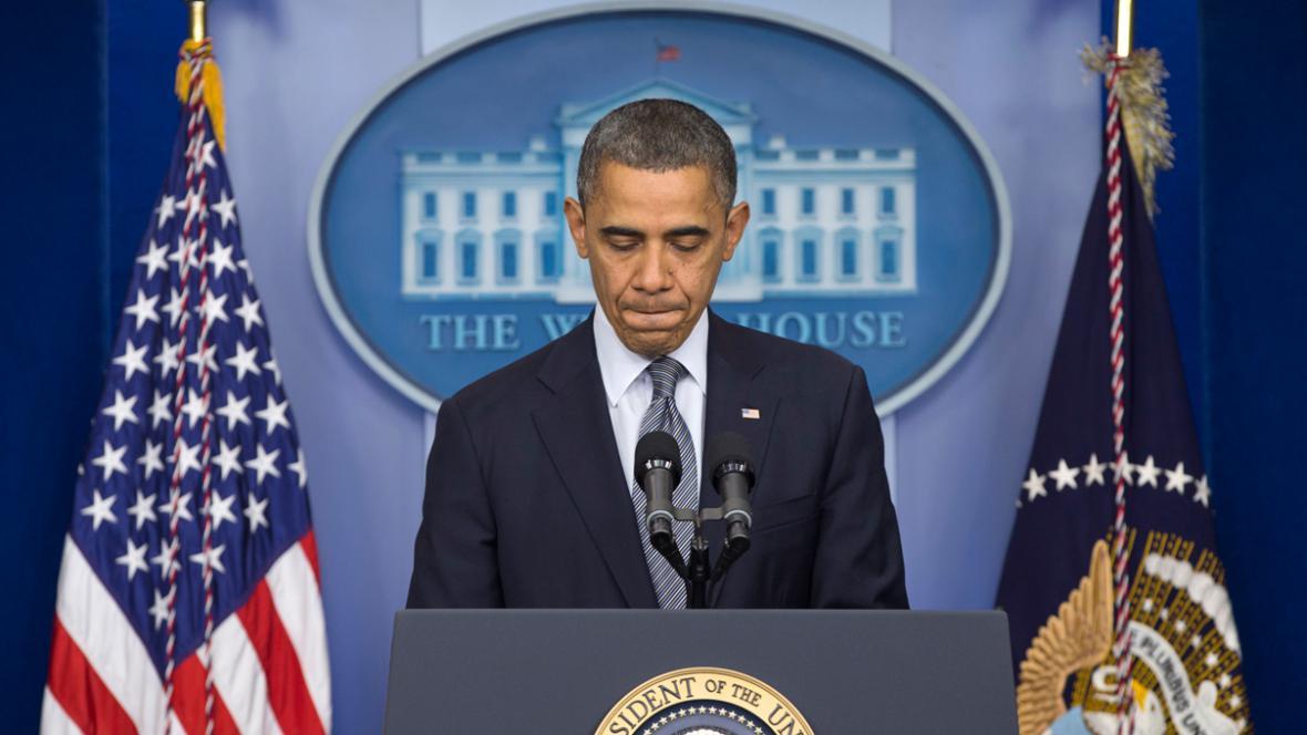 Barack Obama při emotivním projevu ke střelbě v Connecticutu