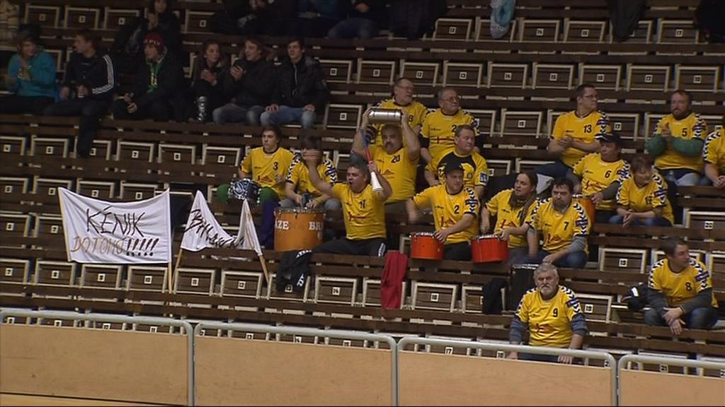 Brněnští fanoušci tým podporují celou sezónu