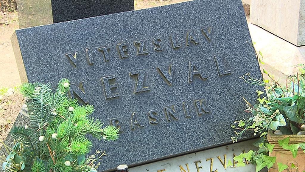 Hrob Vítězslava Nezvala