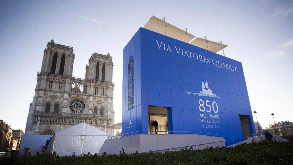 Katedrála Notre-Dame slaví 850 let