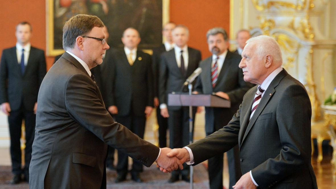 Klaus jmenuje nového ministra dopravy
