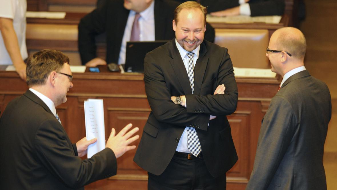 Zbyněk Stanjura, Jeroným Tejc a Bohuslav Sobotka ve sněmovně