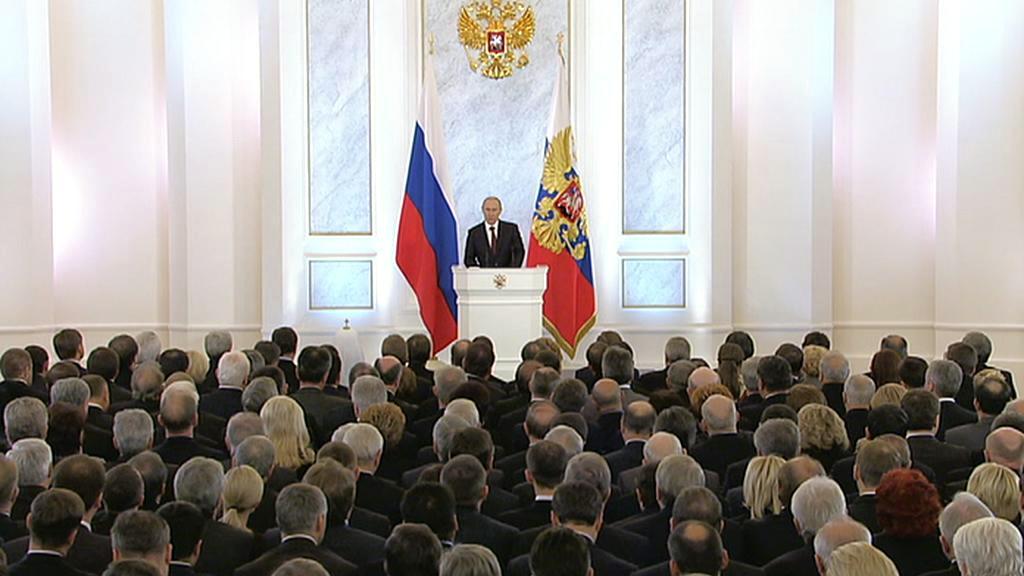 Vladimir Putin přednáší poselství o stavu země