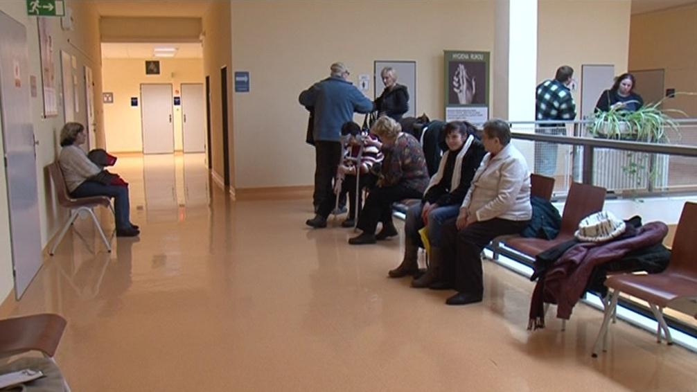 Většina nemocnic v kraji smlouvy stále nemá