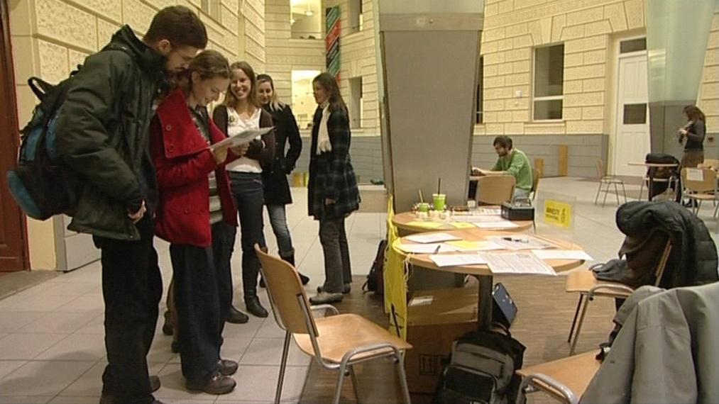 Dopisy se psaly na Fakultě sociálních studií Masarykovy univerzity