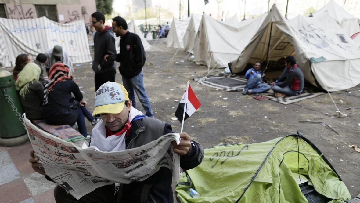 Protestující na náměstí Tahrír