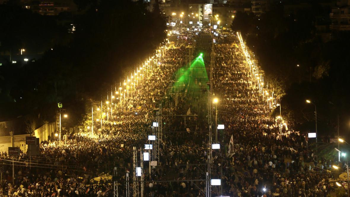 Dav protestujících v Káhiře