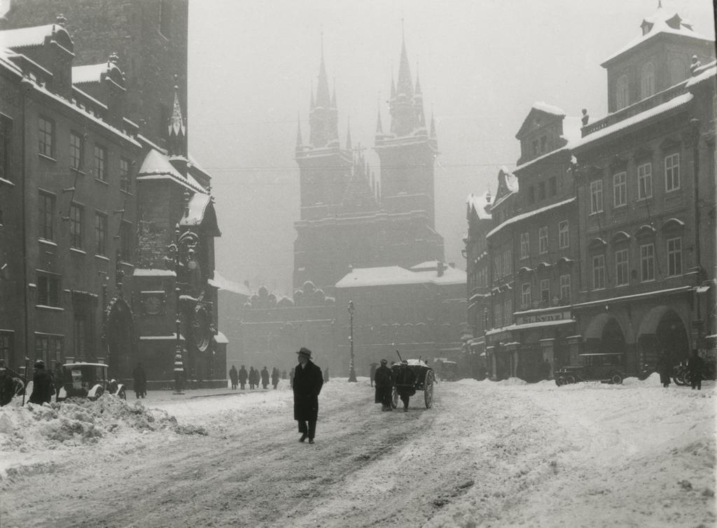 Jan Lauschmann / Staroměstské náměstí, 1929