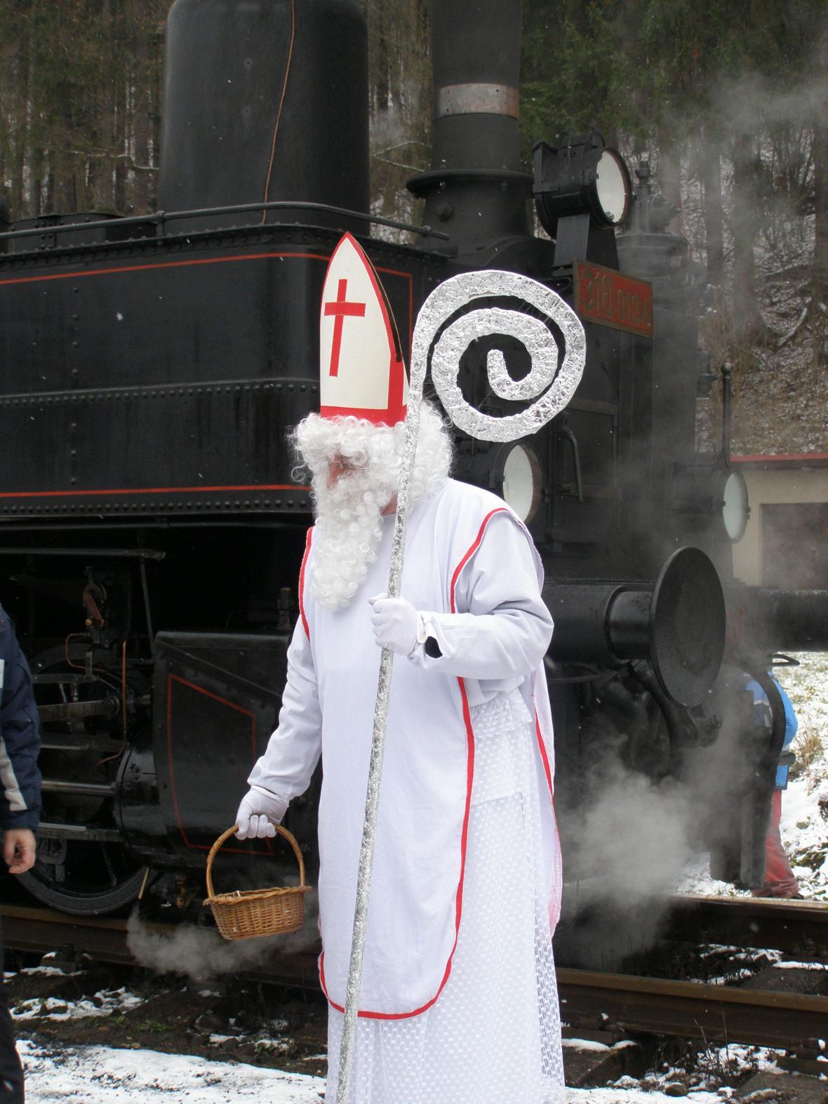 Z akce Mikulášský parní vlak