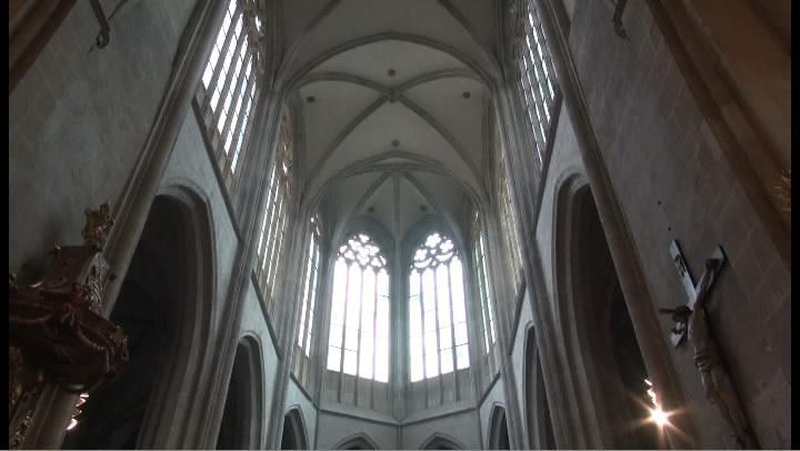 Interiér chrámu sv. Bartoloměje