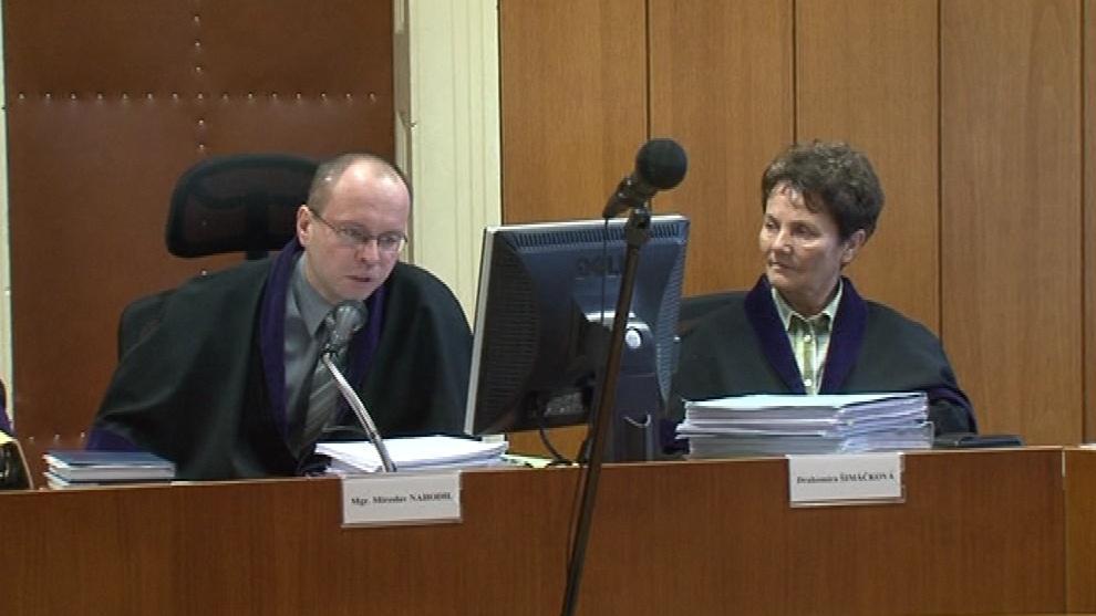 Před soudem se Ordoš zpovídá ze zpronevěry