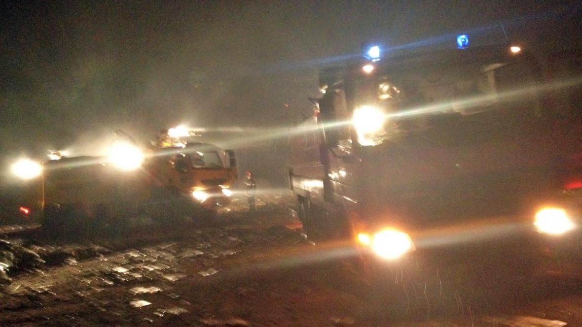 Záchranáři míří k místu leteckého neštěstí v Brazzaville