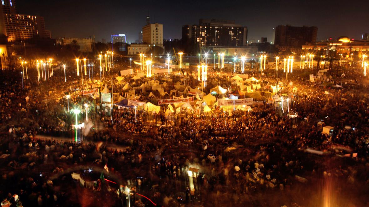 Demonstrace proti Mursímu na káhirském Tahríru