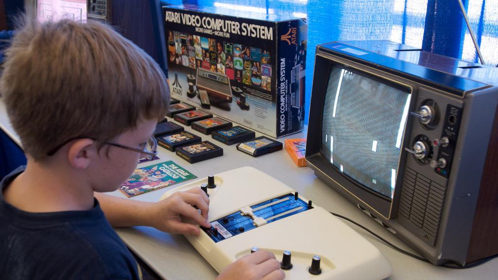 Průlomová videohra Pong slaví výročí
