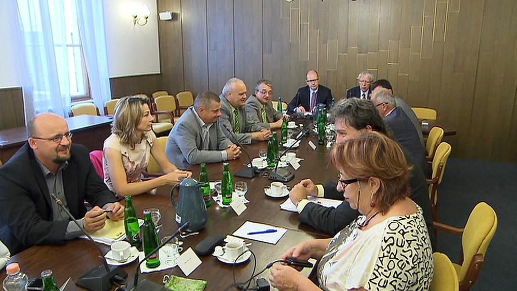 Jednání mandátového a imunitního výboru