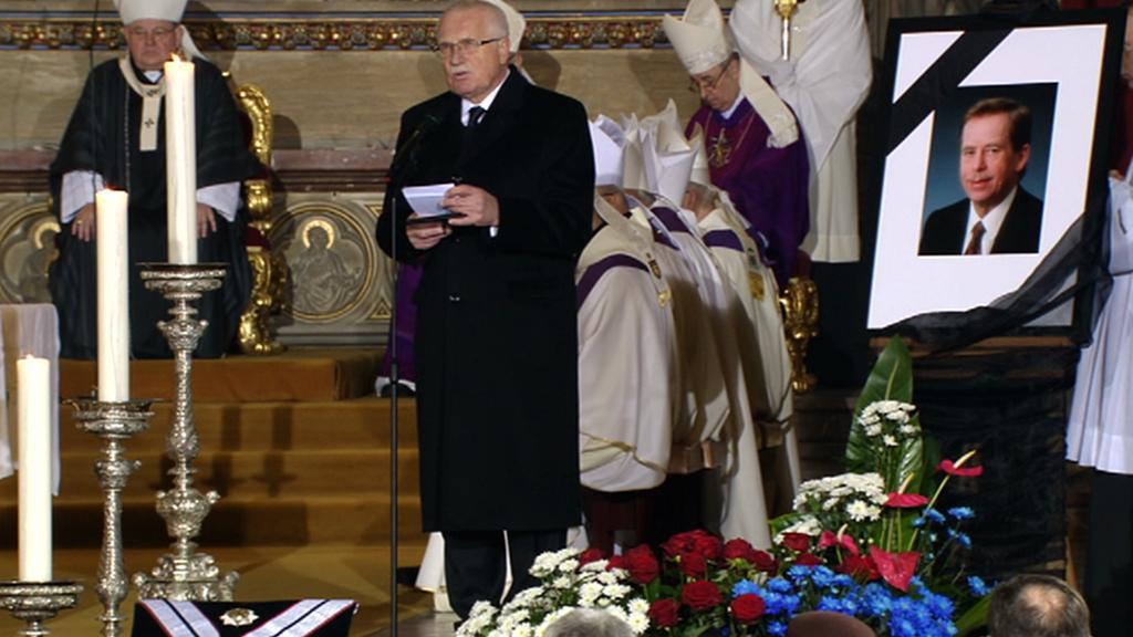 Václav Klaus má projev na Havlově pohřbu