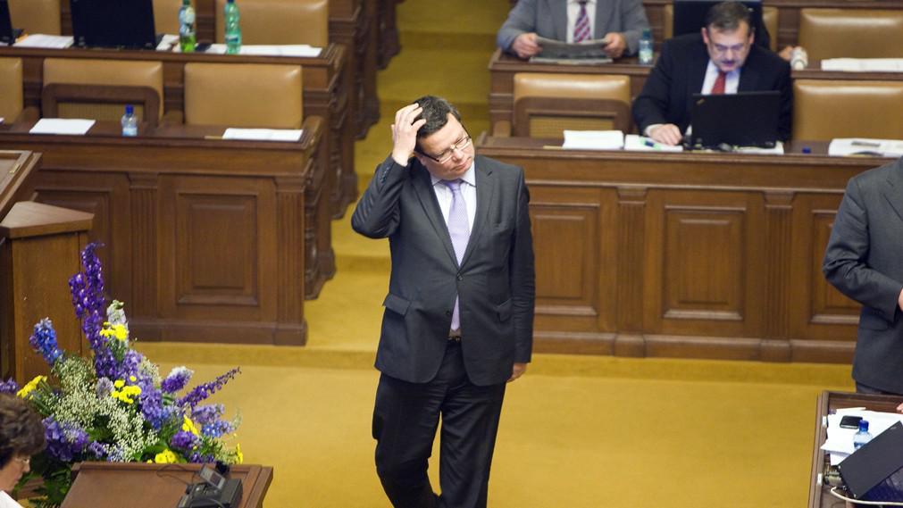 Alexandr Vondra na mimořádné schůzi PS v kauze ProMoPro (červen 2011)