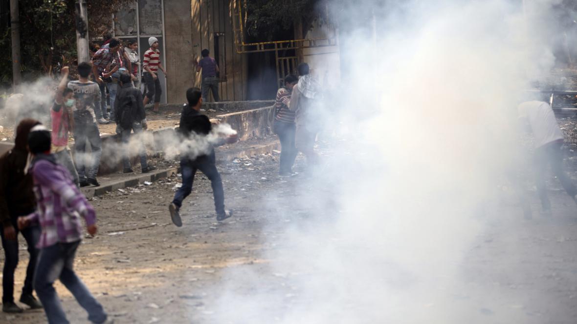 Policie se v Káhiře střetla s demonstranty