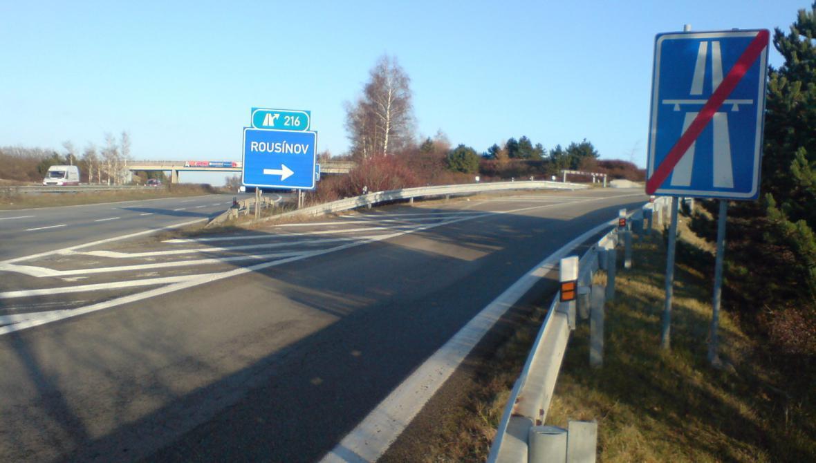 Místo na dálnici D1, kde došlo k loupeži