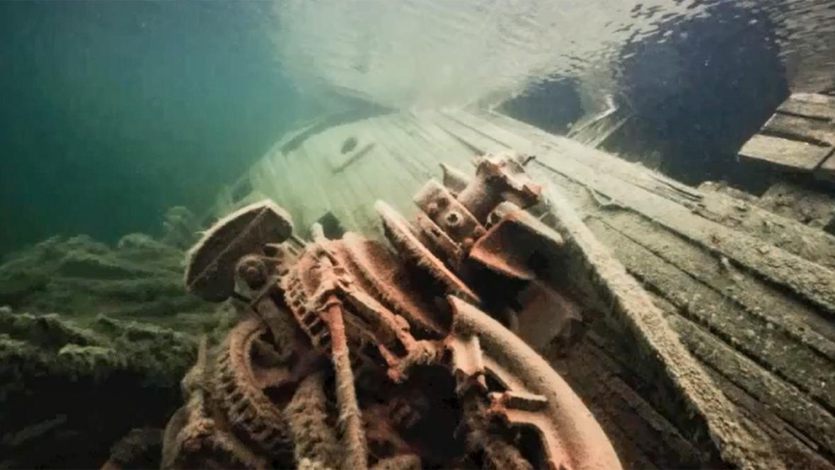 Vrak Amundsenovy lodi Maud
