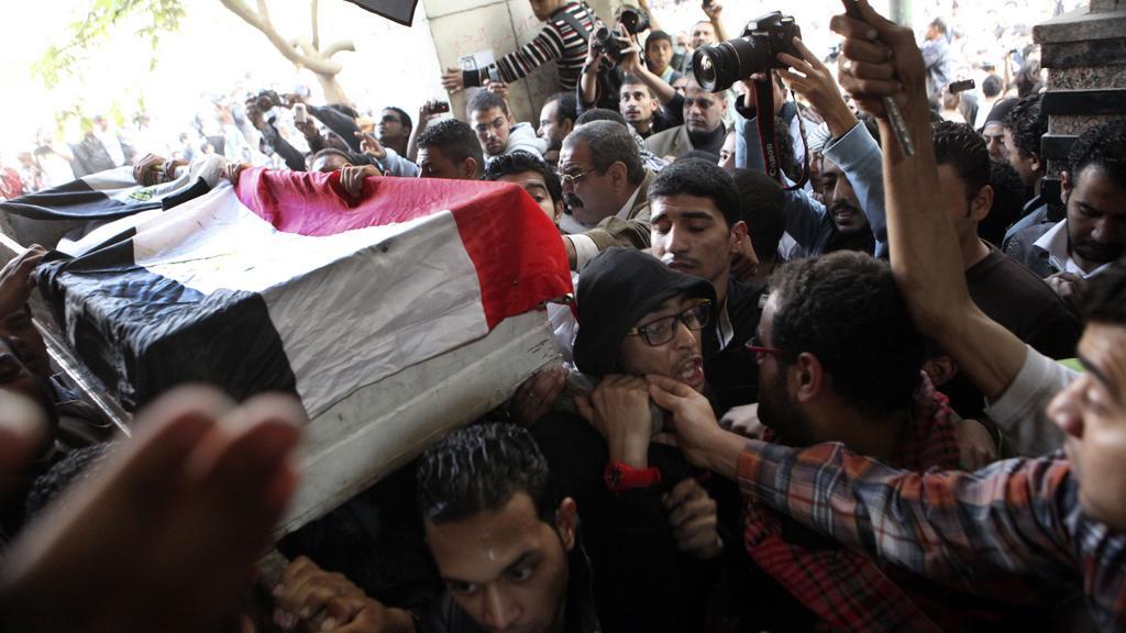 Pohřeb jedné z obětí egyptských protestů
