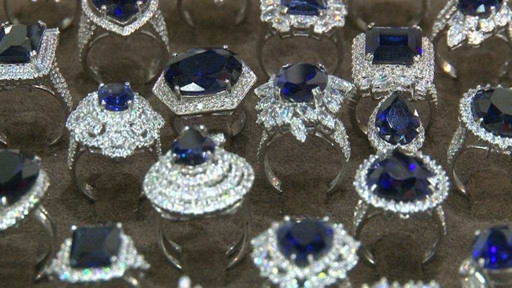 Šperky s modrými diamanty