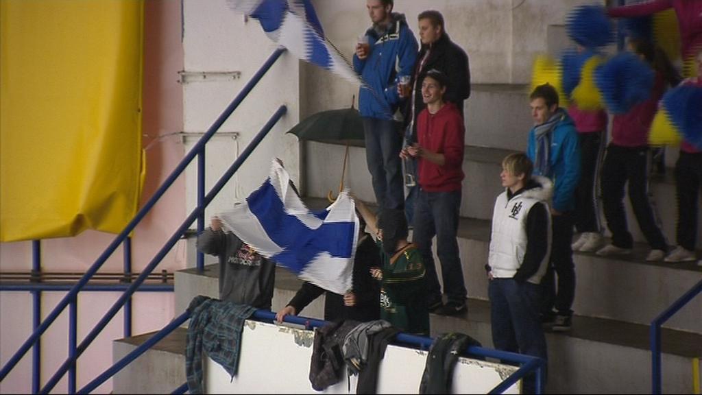 Finové měli podporu i v hledišti