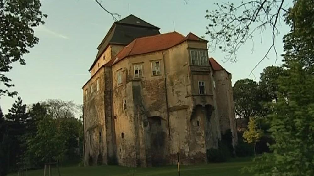 Na svého majitele čeká i zámek Miroslav