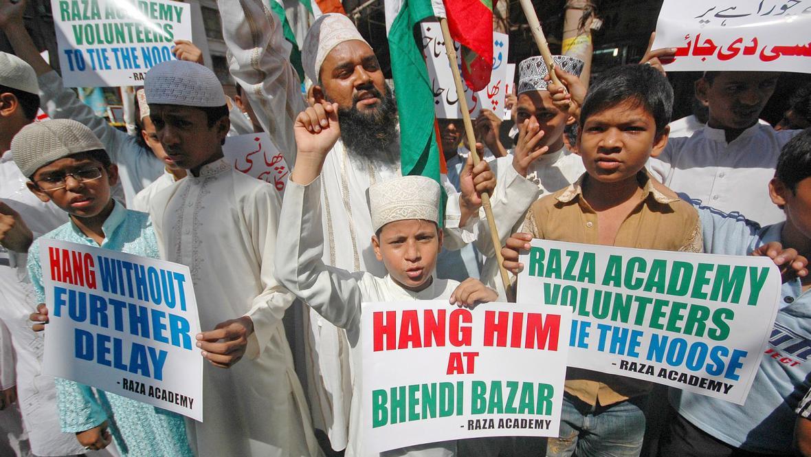 Indičtí muslimové vítají trest smrti pro Amira Kasaba