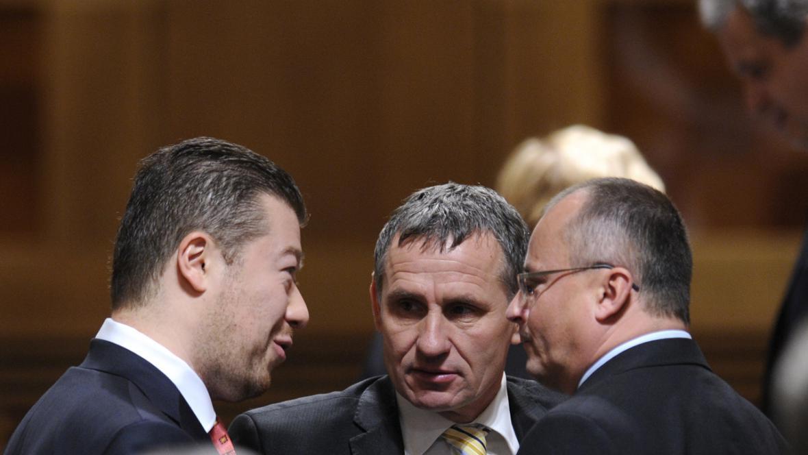 Tomio Okamura a Jiří Čunek v Senátu