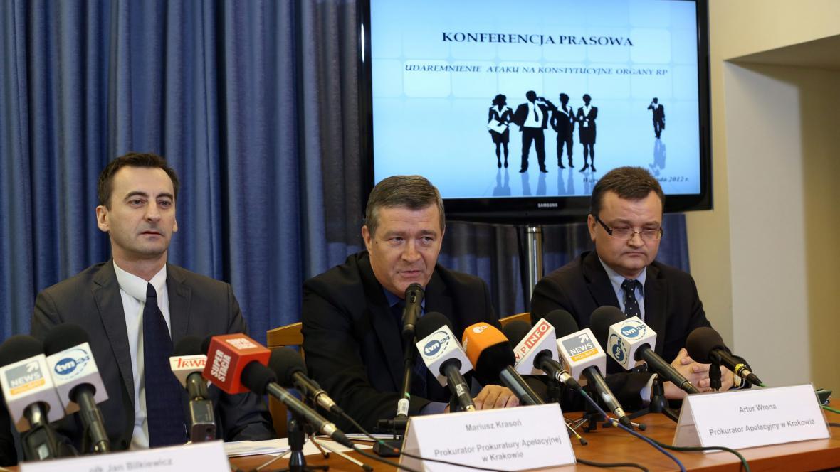 Tisková konference krakovské prokuratury ke zmařenému útoku