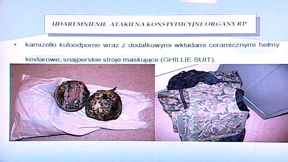 Materiál nalezený u útočníka