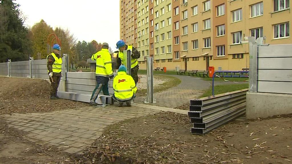 Montáž protipovodňové stěny