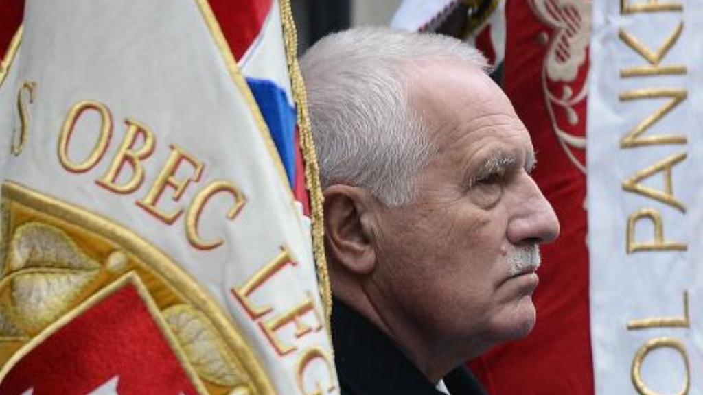 Klaus na vzpomínkové akci k 17. listopadu