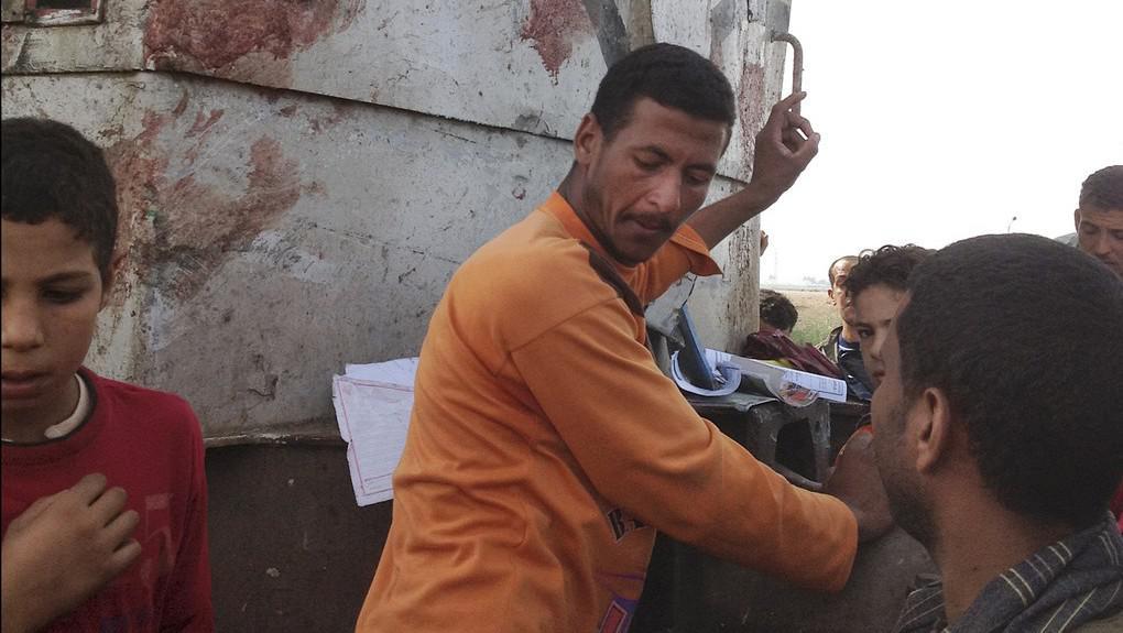 Tragická srážka autobusu a vlaku v Egyptě