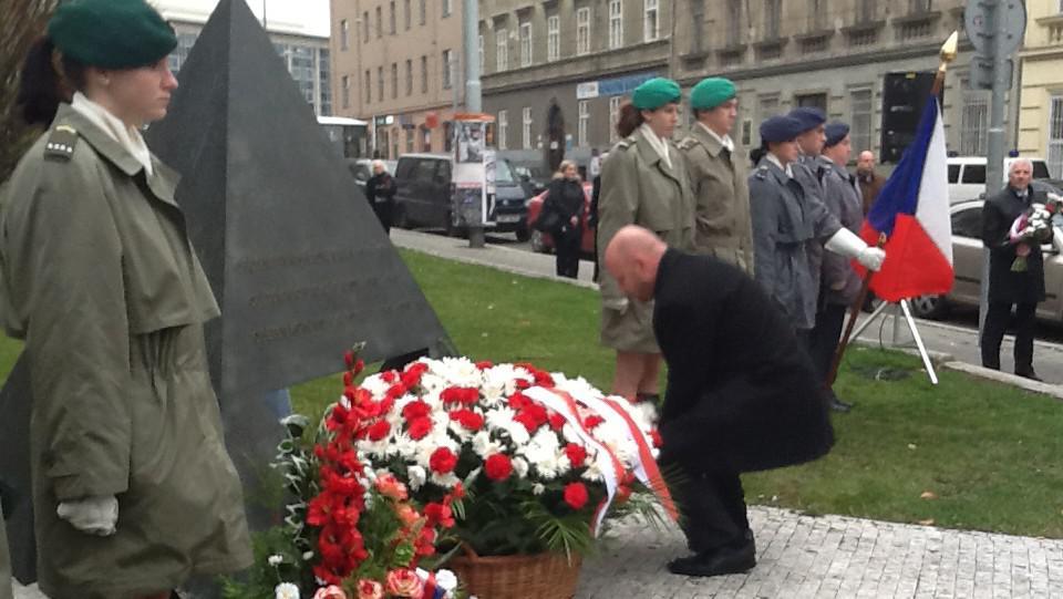 Slavnostní shromáždění u Památníku 1., 2. a 3. odboje