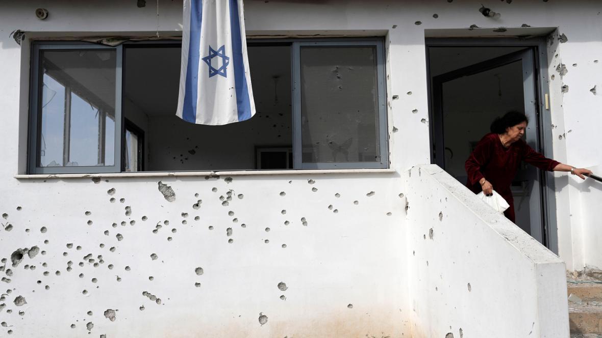 Dům v izraelském Ašdodu nese stopy bojů